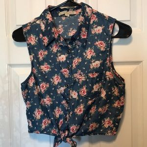 Button Down Tie Floral Crop Top